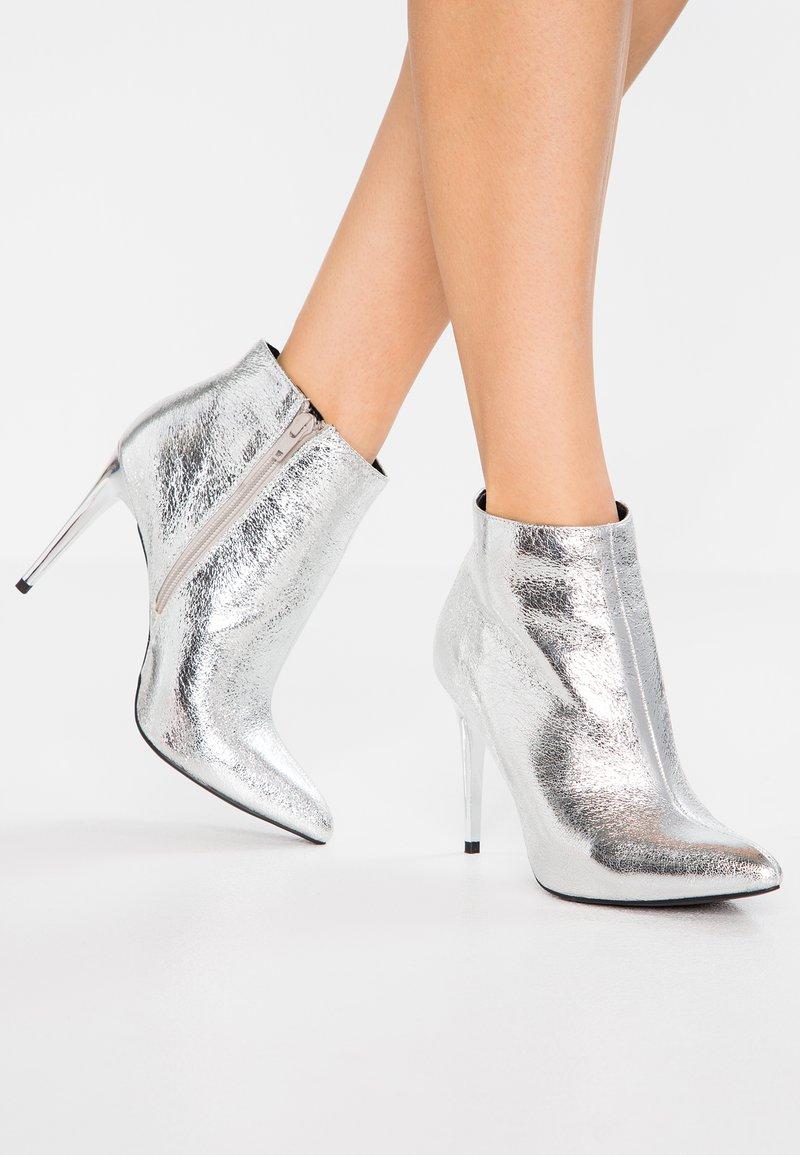 New Look - DONNA - High Heel Stiefelette - silver