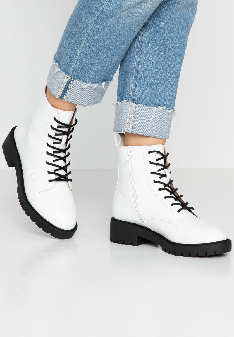 New Look - EPIC - Lace-up ankle boots - white