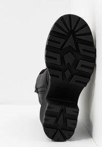 New Look - DYNAMITE - Bottines à talons hauts - black - 6