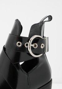 New Look - DENMARK - Kotníkové boty - black - 2