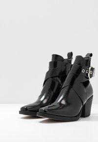 New Look - DENMARK - Kotníkové boty - black - 4