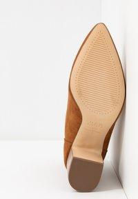 New Look - ELECTRIC - Korte laarzen - tan - 6
