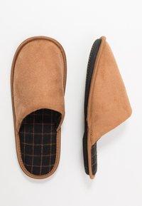 New Look - CHECK LINED MULE - Pantuflas - tan - 1
