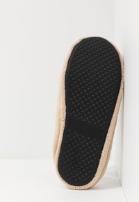 New Look - ALL OVER BORG MULE - Domácí obuv - stone - 4