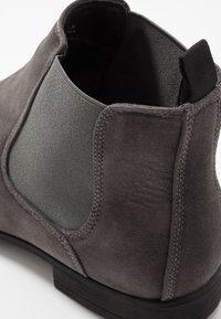 New Look - FRANCIS CHELSEA BOOT - Bottines - dark grey - 5