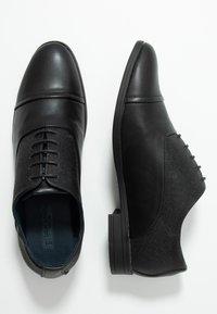 New Look - CITY OXFORD FORMAL - Elegantní šněrovací boty - black - 1
