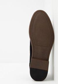 New Look - LARRY DERBY - Smart lace-ups - black - 4