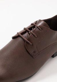 New Look - ARNOLD  - Smart lace-ups - dark brown - 5