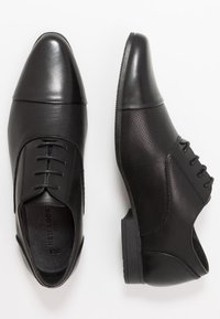 New Look - RONALD FORMAL - Smart lace-ups - black - 1