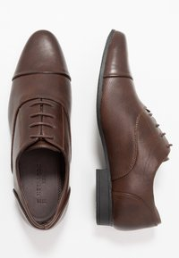 New Look - RONALD FORMAL  - Smart lace-ups - dark brown - 1