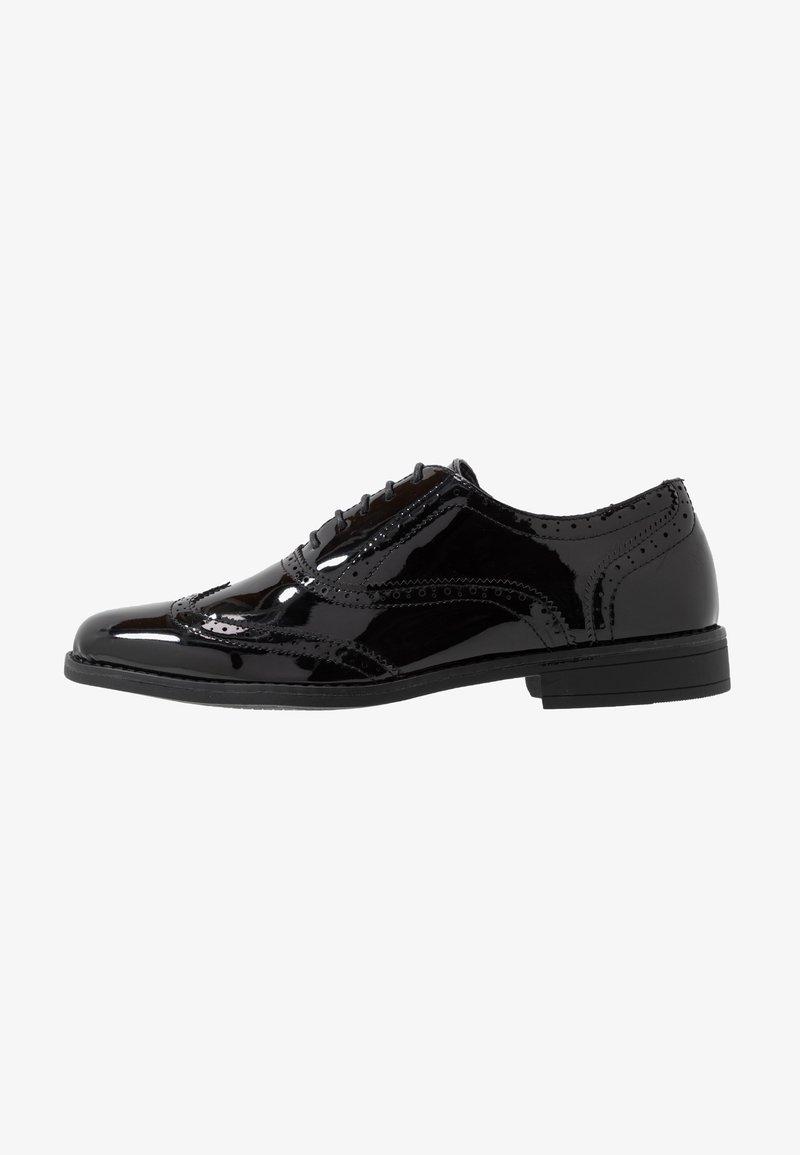 New Look - CHARLIE BROGUE - Elegantní šněrovací boty - black