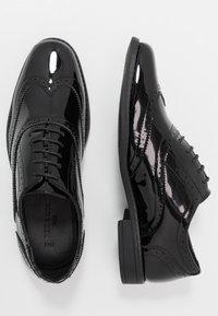 New Look - CHARLIE BROGUE - Elegantní šněrovací boty - black - 1