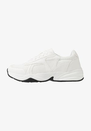 ASO PONTING CHUNKY TRAINER - Baskets basses - white