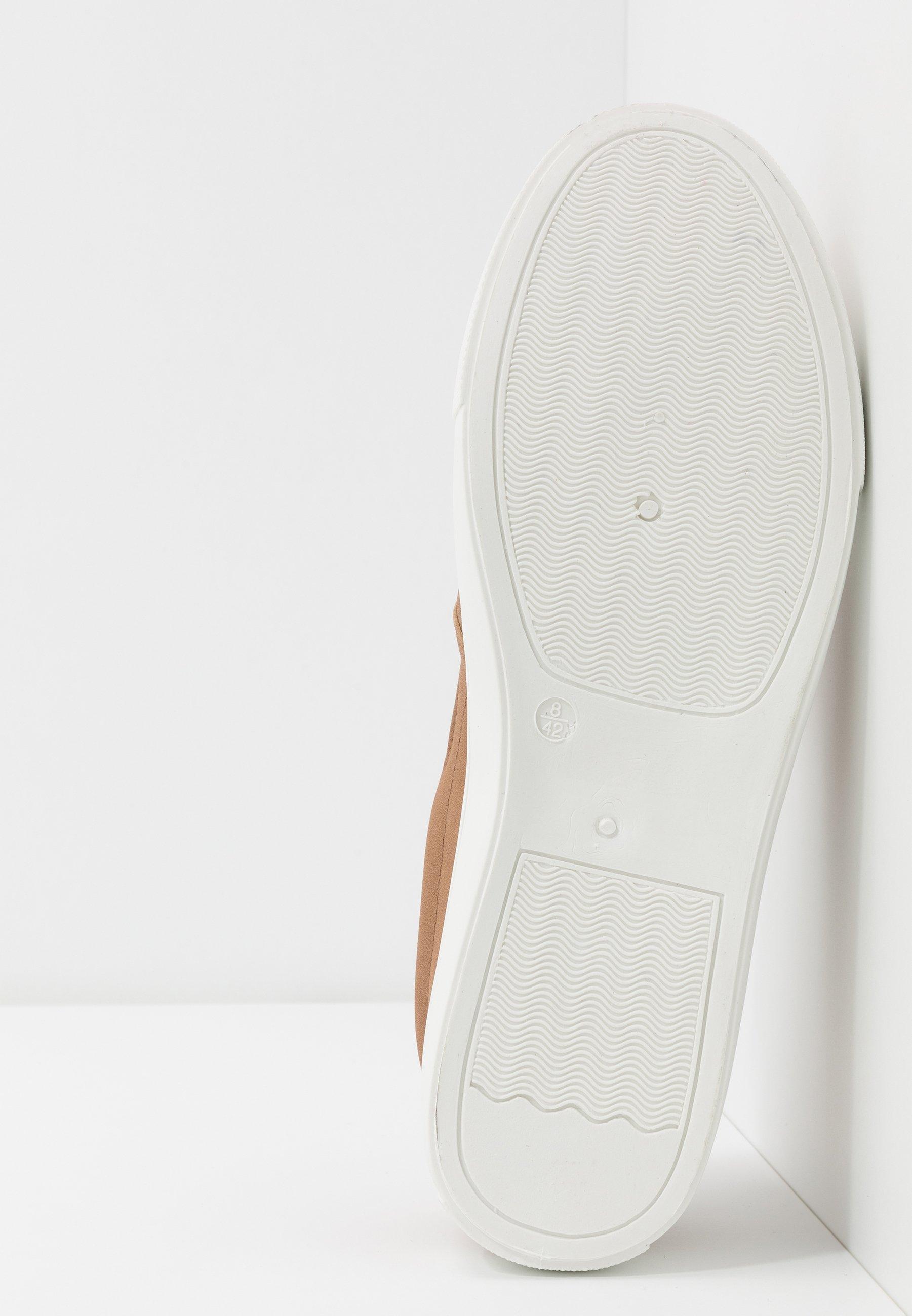 New Look STONE CAMPER - Scarpe senza lacci - stone