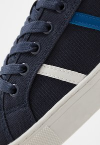 New Look - NOVAK - Baskets basses - navy - 5