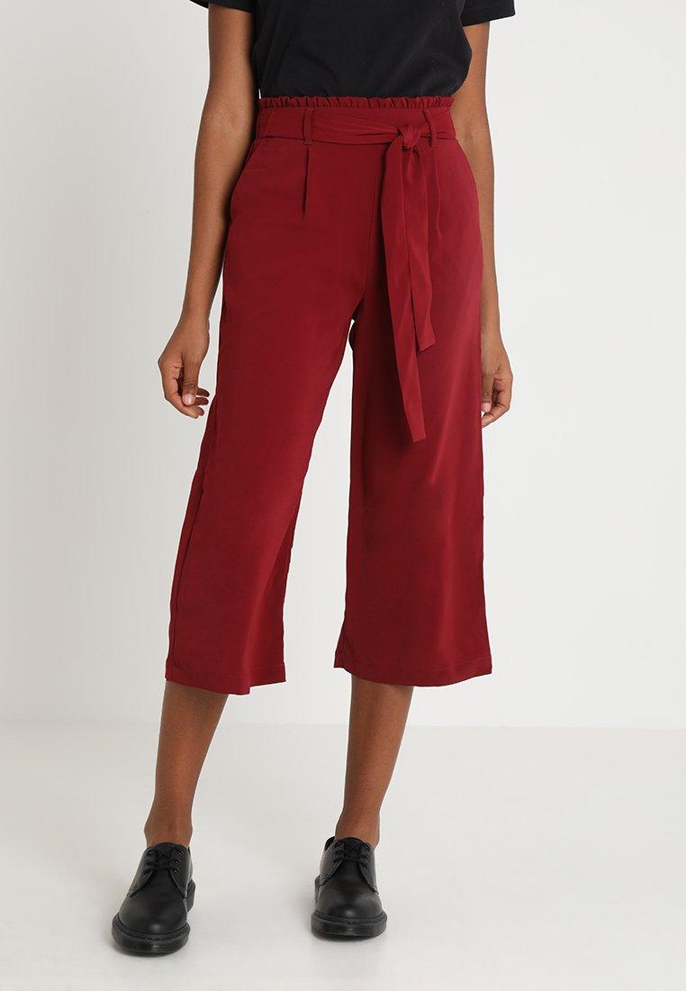 New Look - EMERALD TIE WAIST CROP - Pantaloni - dark burgundy