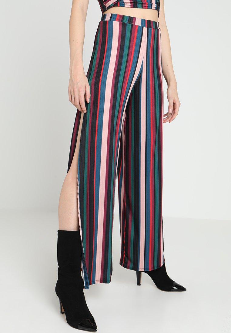 New Look - GO STRIPE CARLY TROUSER - Pantalon classique - pink