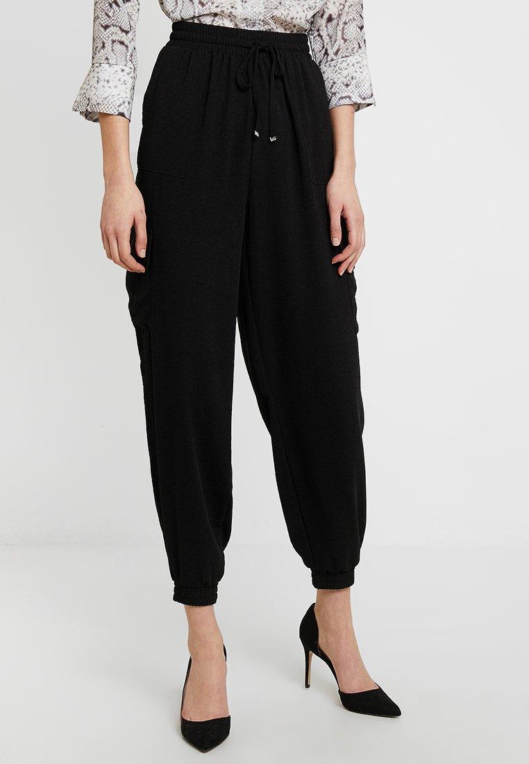 New Look - UTILITY CUFFED  - Jogginghose - black