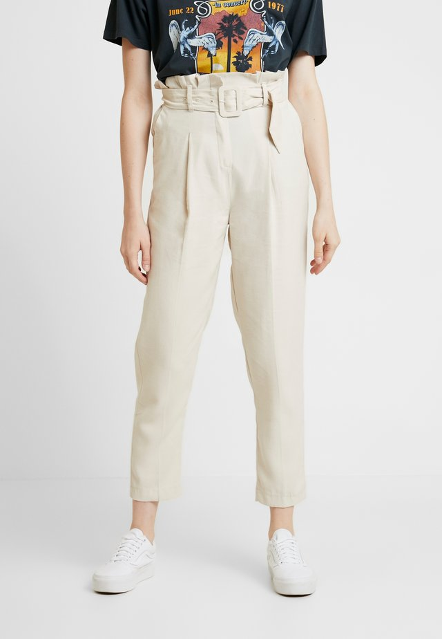 IRIS UTILITY TROUSER - Trousers - stone