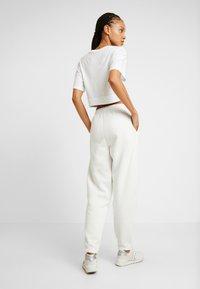 New Look - CUFFED JOGGER - Pantalon de survêtement - cream - 2