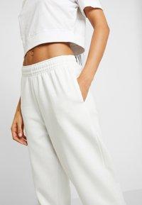 New Look - CUFFED JOGGER - Pantalon de survêtement - cream - 5