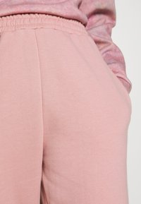 New Look - CUFFED JOGGER - Pantalon de survêtement - nude - 4