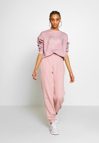 New Look - CUFFED JOGGER - Pantalon de survêtement - nude - 1