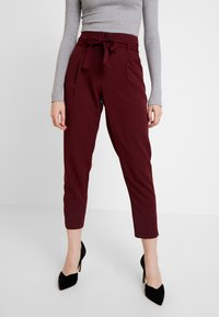 New Look - PAPERBAG VICKY TROUSER - Kangashousut - burgundy - 0