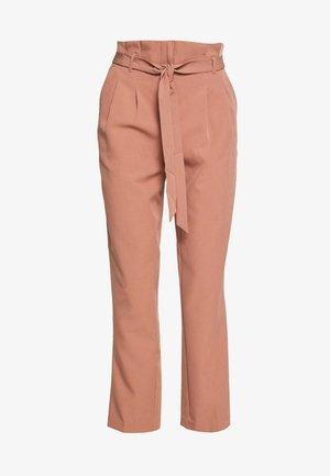 MILLER PAPERBAG TROUSER - Chino kalhoty - mid pink