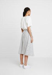 New Look - MARK STRIPE BUTTON THROUGH MIDI - A-line skirt - cream - 2
