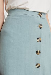 New Look - BERMUDA BUTTON SKIRT - A-line skirt - duck egg - 4