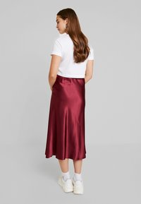 New Look - BIAS CUT MIDI SKIRT - Maxi skirt - burgundy - 2