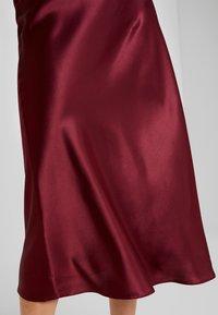 New Look - BIAS CUT MIDI SKIRT - Maxi skirt - burgundy - 4