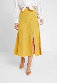 New Look - WATFORD JACQUARD SPLIT FRONT MIDI - Maxi skirt - dark yellow - 0