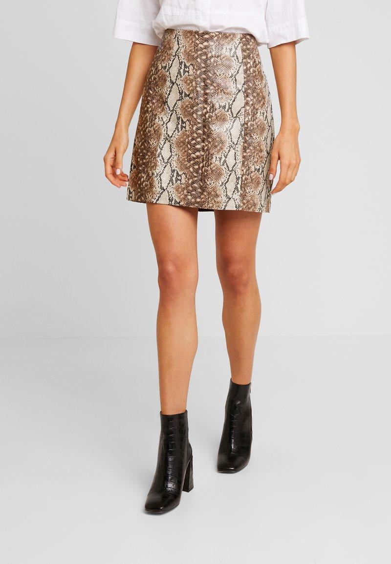 New Look - SNAKE - Mini skirt - brown