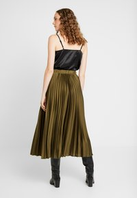 New Look - PLEATED MIDI - A-line skjørt - dark khaki