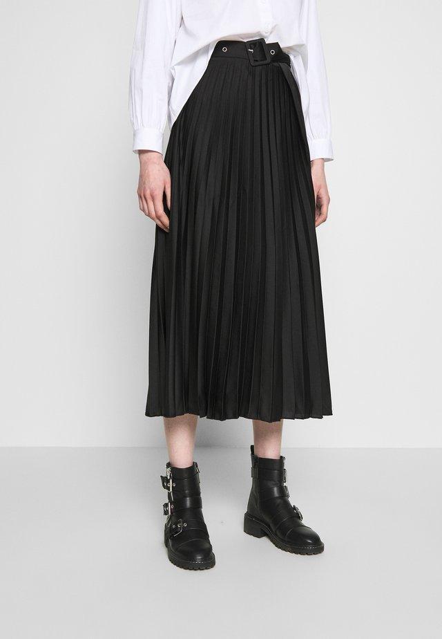 COVERED BUCKLE PLEAT MIDI - A-line skirt - black