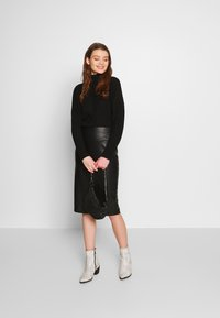 New Look - PENCIL SKIRT - Pencil skirt - black - 1