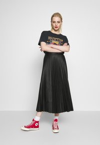 New Look - PLEATED MIDI - Jupe trapèze - black - 1