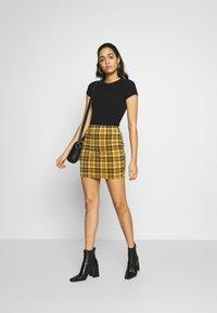 New Look - AMARI CHECK TUBE - Mini skirt - yellow - 1