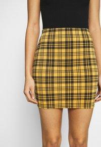 New Look - AMARI CHECK TUBE - Mini skirt - yellow - 4