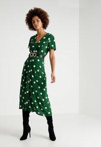 New Look - GEMMA SPOT MIDI DRESS - Maxi dress - green - 1