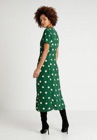 New Look - GEMMA SPOT MIDI DRESS - Maxi dress - green - 2
