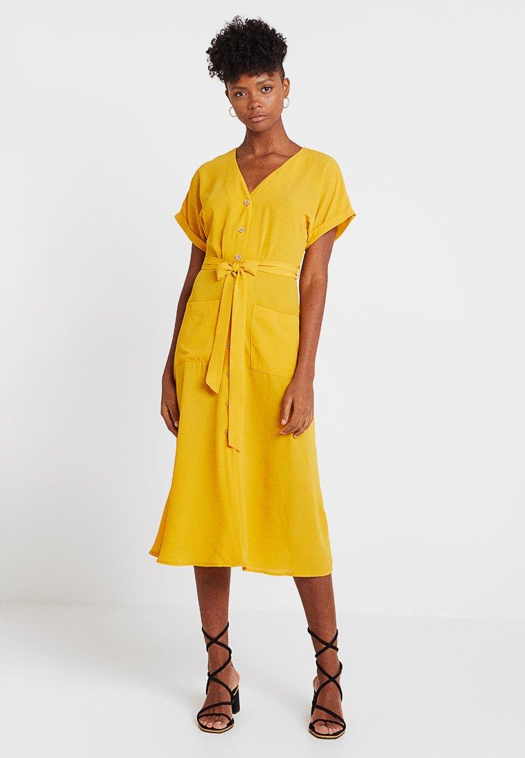 New Look - WOODEN - Blousejurk - mustard