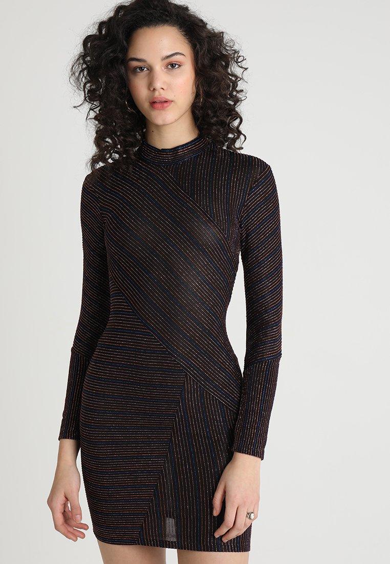 New Look - CUTABOUT BODYCON - Etuikleid - black