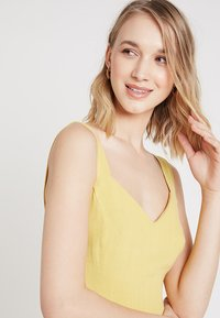 New Look - BUTTON FRONT - Denní šaty - yellow spice - 3