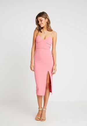 GO PLAIN BUST CUP STRAPPY DRESS - Sukienka z dżerseju - dark coral