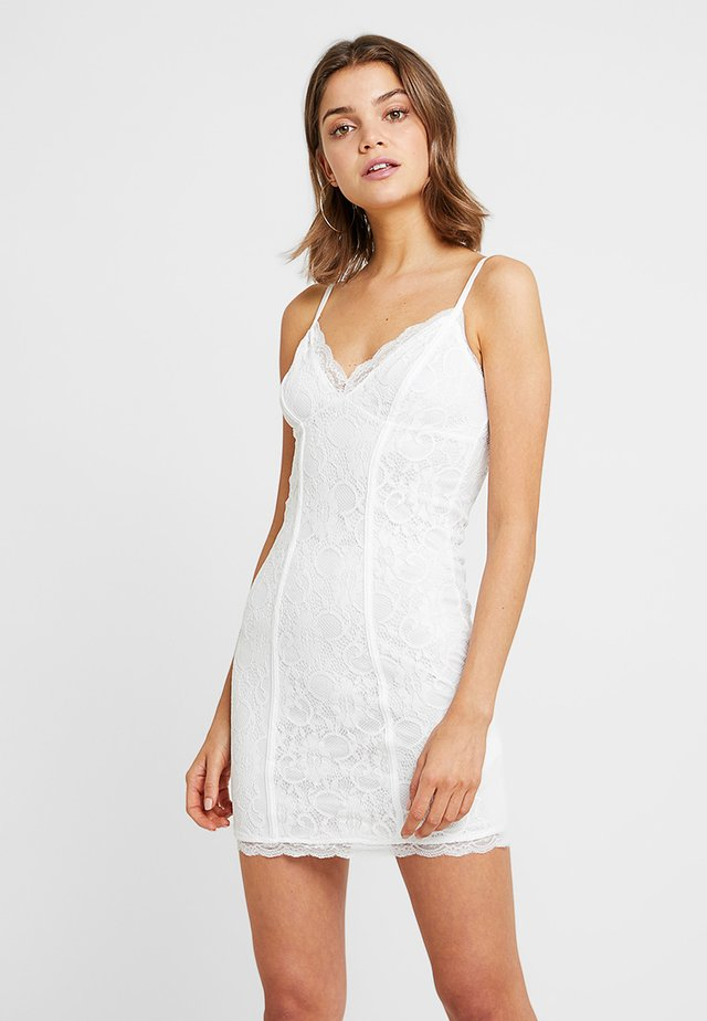 GO BODYCON DRESS - Cocktailjurk - white