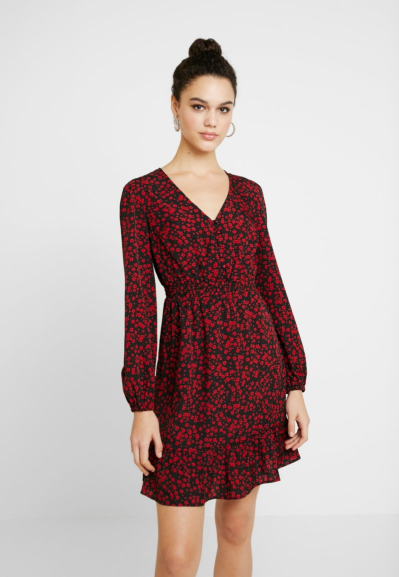 New Look - SHIRRED WAIST  - Day dress - black/red