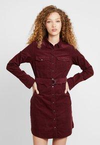 New Look - BELTED DRESS - Vestido informal - burgundy - 0